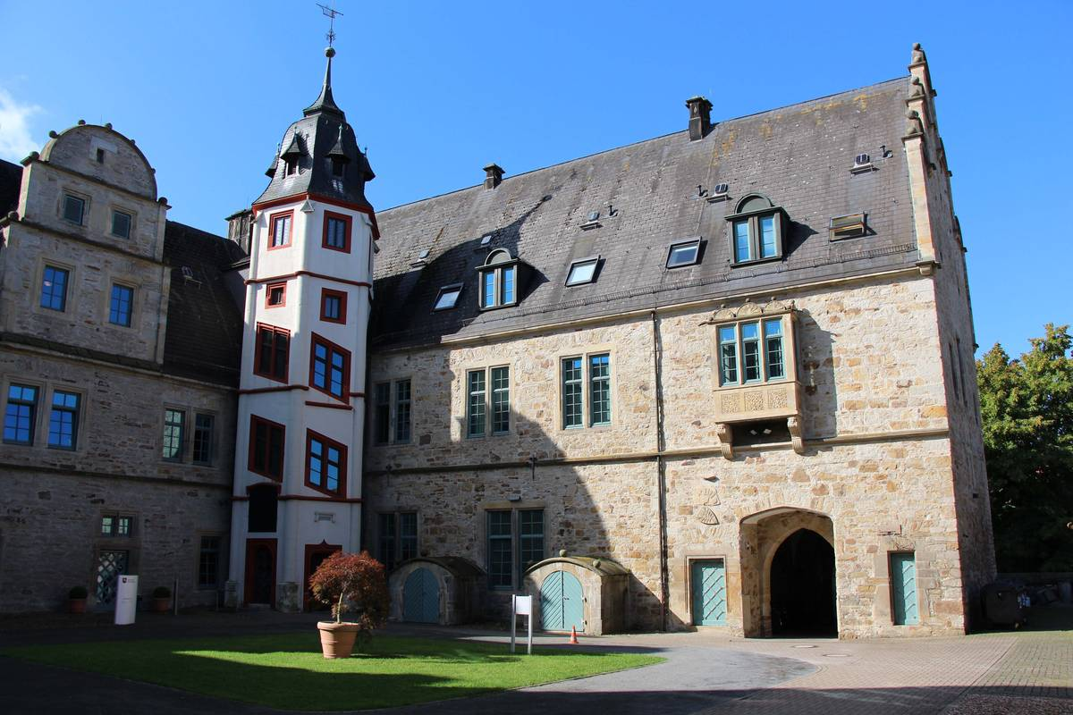schloss stadthagen im weserbergland entdecken. Black Bedroom Furniture Sets. Home Design Ideas